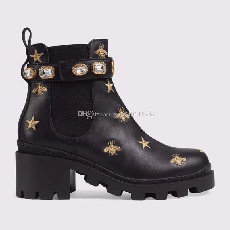 Sapatos de Couro da mulher Lace up fivela de cinto de fita tornozelo botas direto da fábrica feminino calcanhar áspero cabeça redonda outono inverno Martin botas SIZE35-4