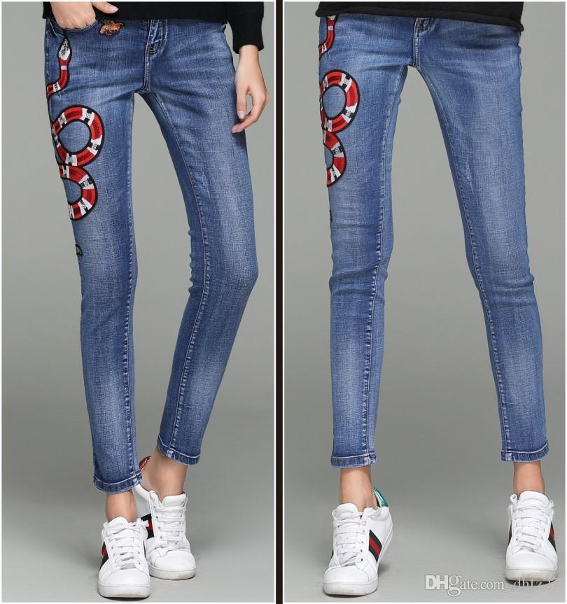 Womens Designer Jeans Pants Luxury Jeans Pants Famous Model Elegant Fashionable Snake Floral Embroidery New Arrived Trousers High Quality