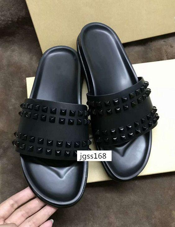 MEJOR CALIDAD Donna Zapatillas planas Diseñador de lujo Red Bottoms Zapatos hombres Remache Junior Spikes Zapatillas planas con cajas