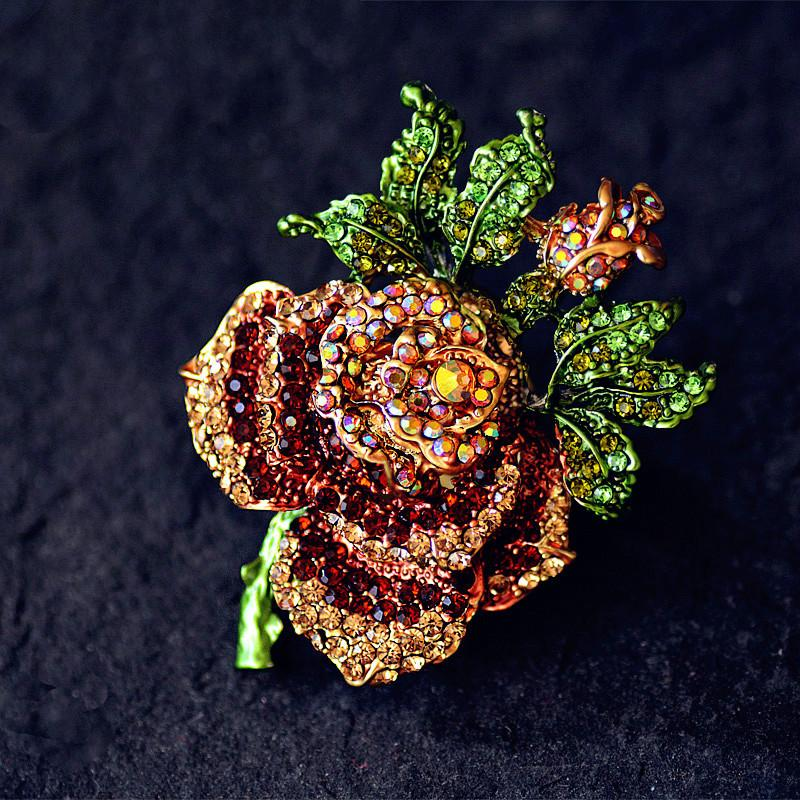 Vintage Rose Flower Crystal Brooch Pins Costume Jewelry Brooches Rhinestone Pin Women Scarf Clip Broche