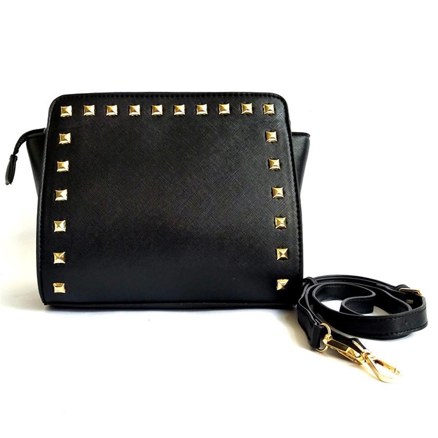 Senhora doce Heart Shaped Rivet Bag 2020 Inverno Nova Alta Qualidade macio Plush Womens Designer Handbag cadeia ombro Messenger Bag # 204