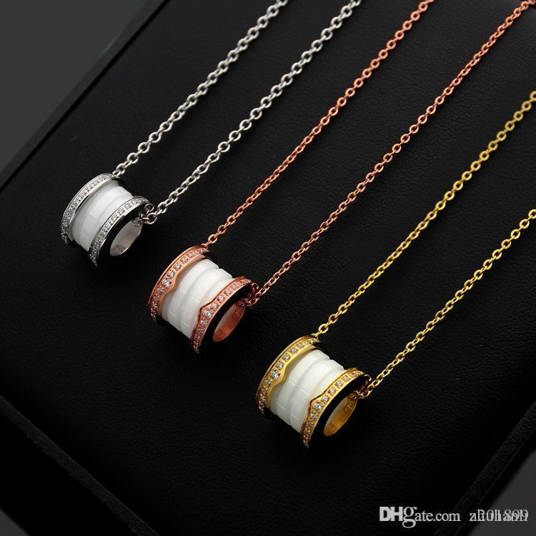 Roscada collar de diamantes de cerámica blanco y negro de parejas que adapte para la joyería collar de oro de 18 quilates