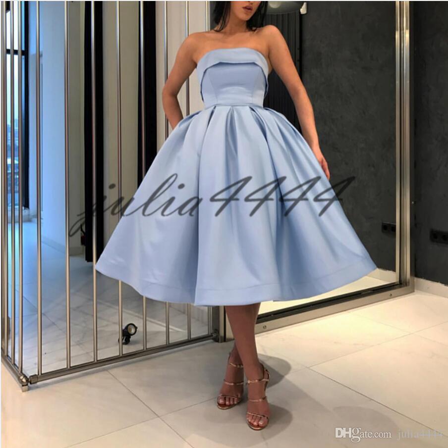 2019 Knee Length Cocktail Dresses Backless Light Blue Strapless Neck Satin Elegant Prom Dresses Party Dress