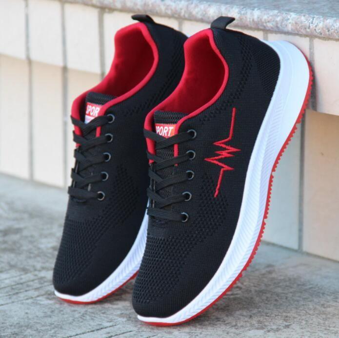 Les chaussures de course de neuf hommes en automne et en hiver 2019 version coréenne tout autour de chaussures usine vente directe