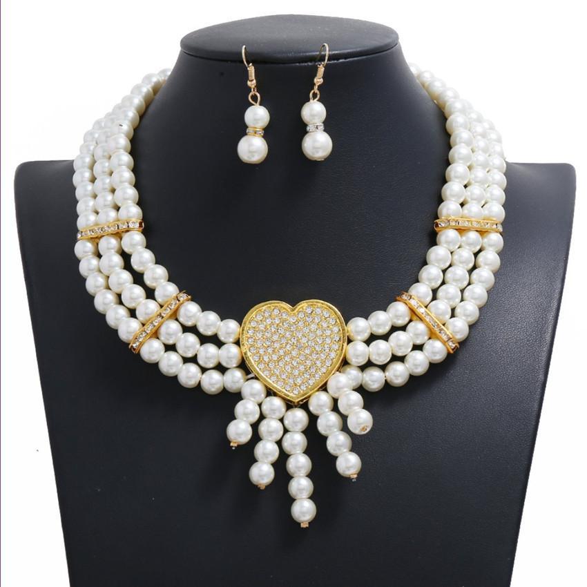 Toptan 5 Set Altın Kaplama İmitasyon İnci kolye Aşk Kalp Kolye Küpe Romantik Stil Takı Setleri