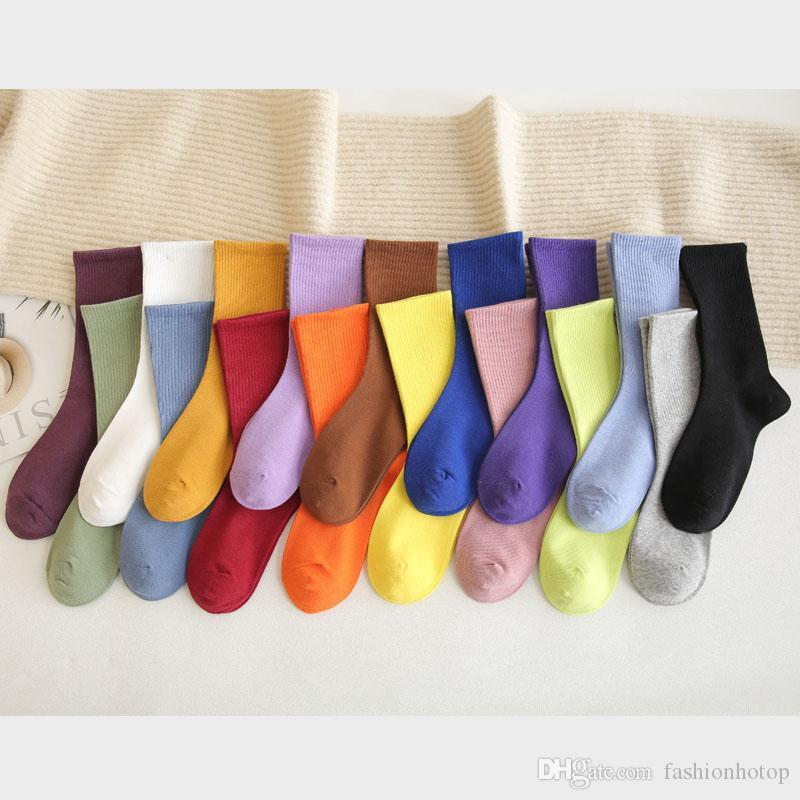 Femmes Outdoor randonnée mi-chaussettes solide genou mode: Vêtements pour filles Étudiant hiver chaud épais coton Femme chaussettes en gros
