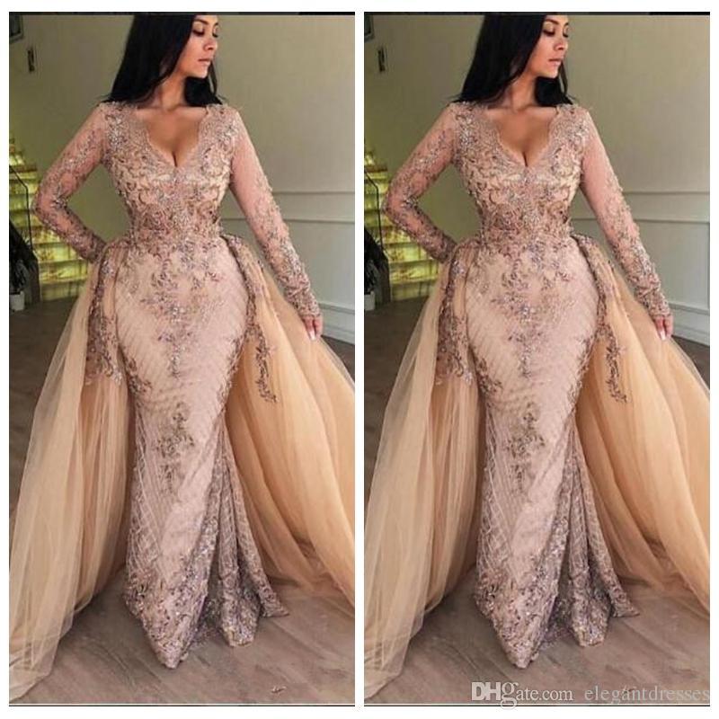Maniche lunghe scollo a V vintage sirena Plus Size Prom Dresses Appliques in rilievo 2019 Donne Maxi Evening Party Gown in rilievo Robe De Soiree