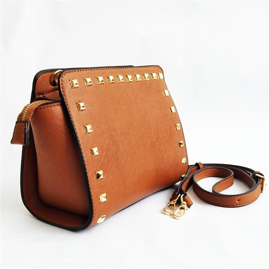 Design Senhoras Marca Designer-Simples Grande Armazenamento Sólidos Mulheres Couro Bolsa Casual Bag Rivet baratos Big Mensageiro saco de compras # 817