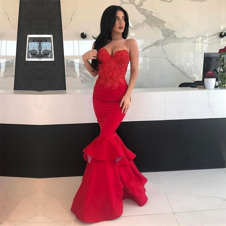 Rouge sirène Robes de bal Sexy chérie Dentelle de cocktail en satin à volants appliques robe de soirée pas cher Zipper Retour sur mesure robe de bal