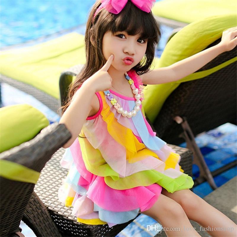 Detailhandel kinderen ontwerper jurk meisjes koreaanse oogverblindende schuine schouder regenboog ruche prinses jurk baby meisje jurk kinderen boutique kleding