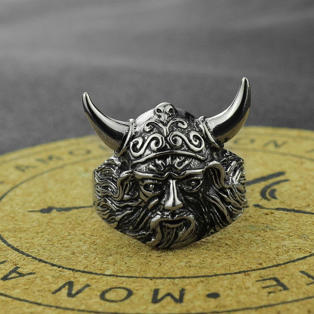 2020 neue Art-Ring Spot-Titanedelstahl-Bull-Kopf-Ring-Horn-Tier Europa und Amerika Verputz Retro heißen verkaufende Hand Accessorie