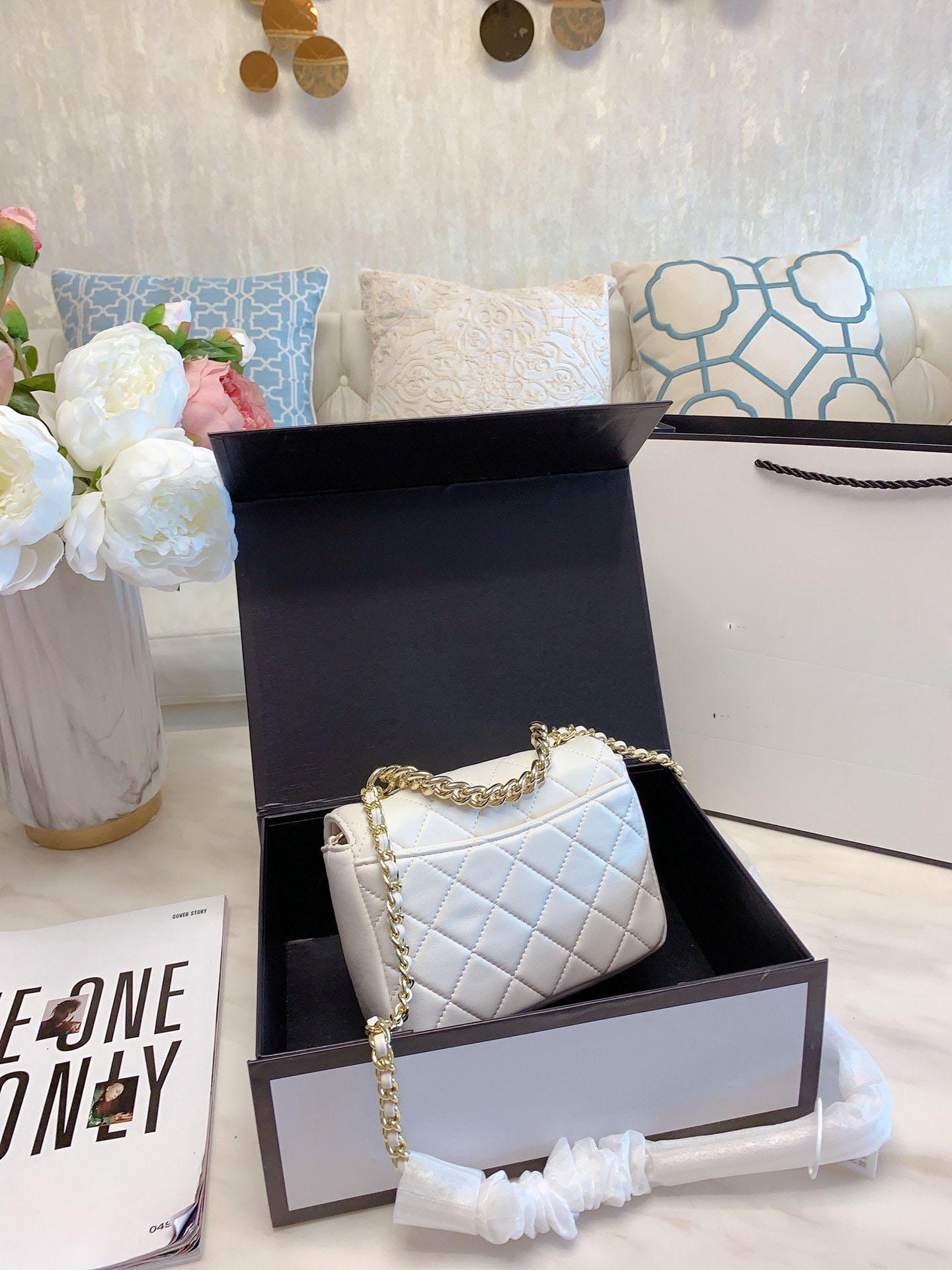 Çivili yuvarlak çanta 2020 kadın lüks tasarımcı çantalar sırt çantası cüzdan tasarımcı crossbody çanta çanta tasarımcısı çanta