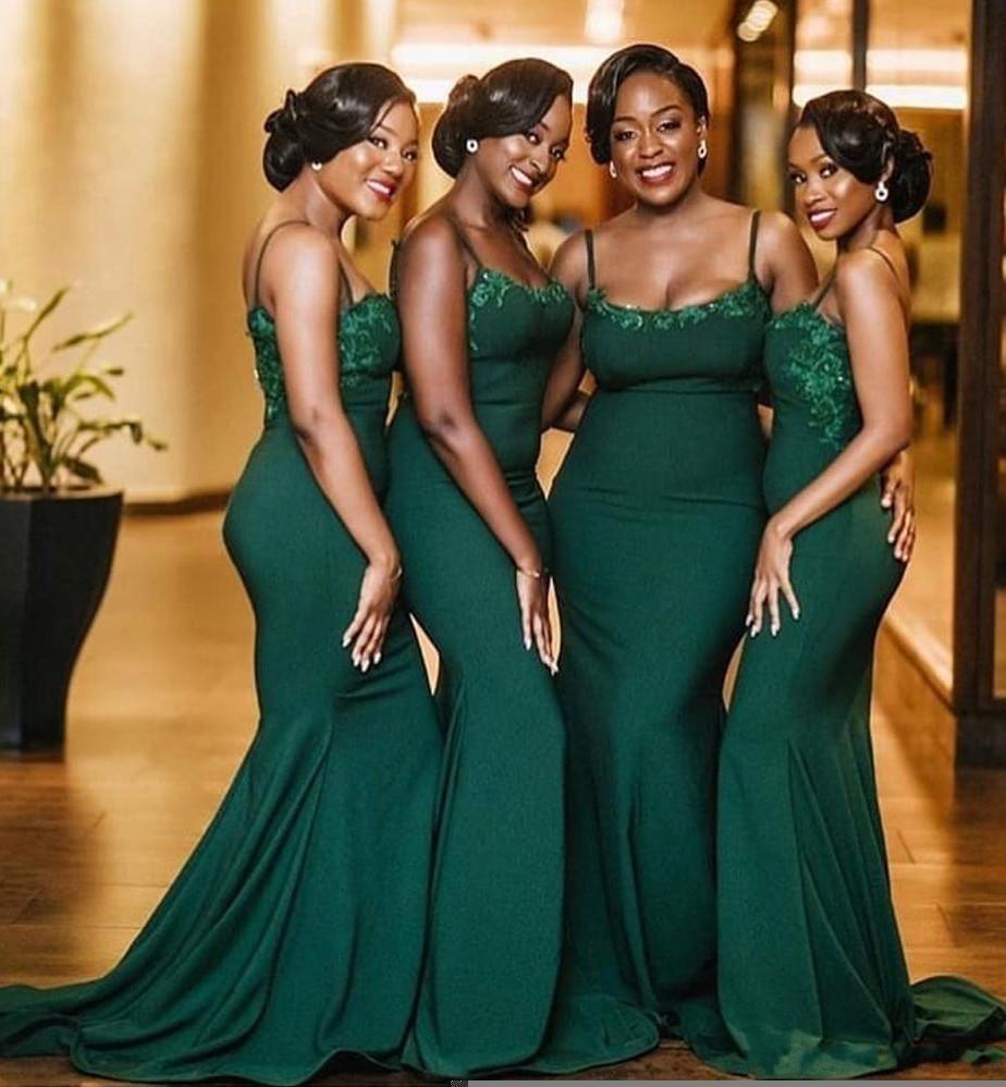 Verde verde Dubai Sirena Sirena Dama de honor Vestidos Spaghetti Strap Backless Lace Applique Srow of Honor Wedding Guest Party Gows Custom Plus Tamaño