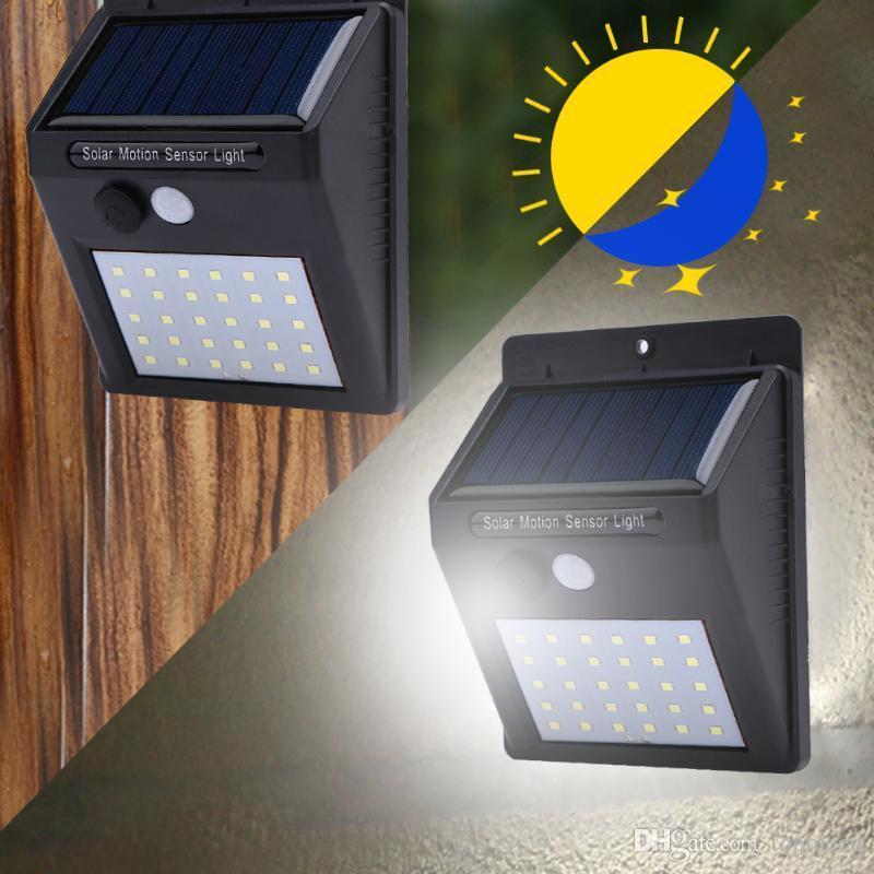 Impermeabile 30 LED Luce Solare Pannelli Solari di alimentazione PIR Sensore di Movimento HA CONDOTTO LA Luce del giardino esterno Pathway senso Lampada Solare Applique Da Parete