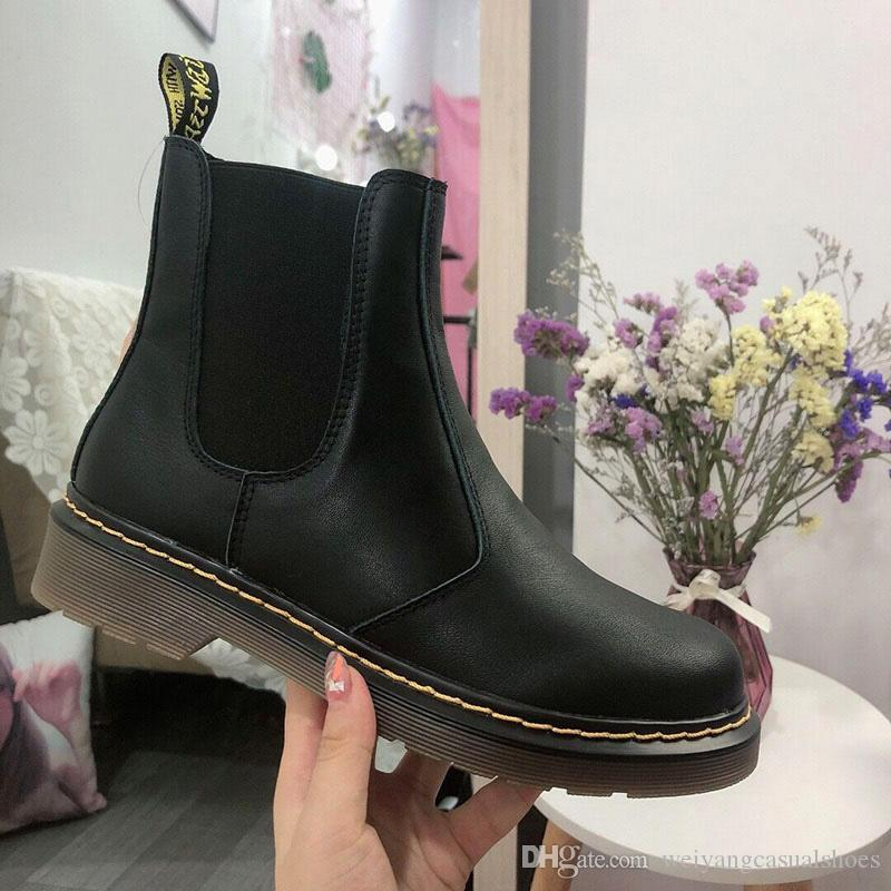 2019 New Autumn And Winter Martin BootsDr.marians Female One Pedal Motorcycle Boot Lovers Boots Vintage Leather Boots Womens Trend