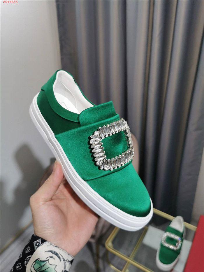 Son çoklu renkli elmas kare toka takı moda kutusu büyüklüğü 35-39 ile yuvarlak kafa ile düz ayakkabılar Spor ayakkabı womens Womens