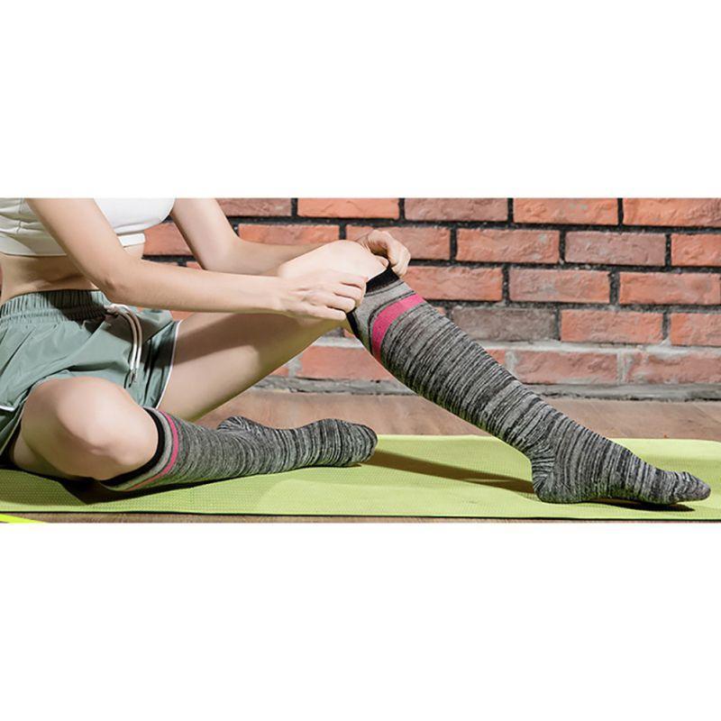Gros-femmes \ 's élastique chaussettes compression Plus de genou rayures sport à tube long Chaussettes pression cheville 35-40