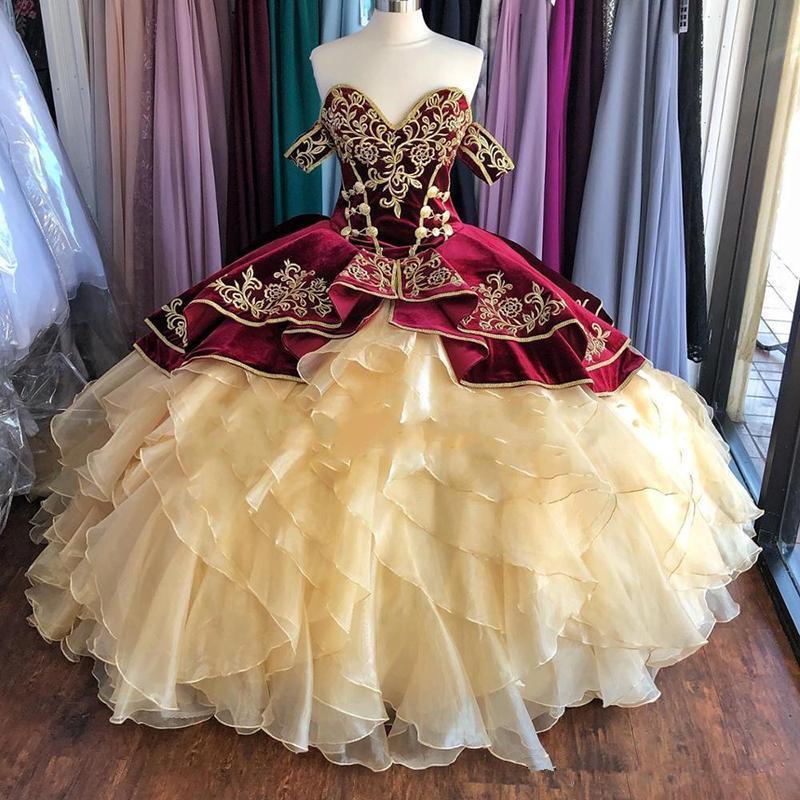 Terciopelo burdeos Vestidos de quinceañera 2020 Organza de las colmenas con gradas vestidos de baile fuera del hombro Princesa bordada de encaje vestidos de noche AL3708