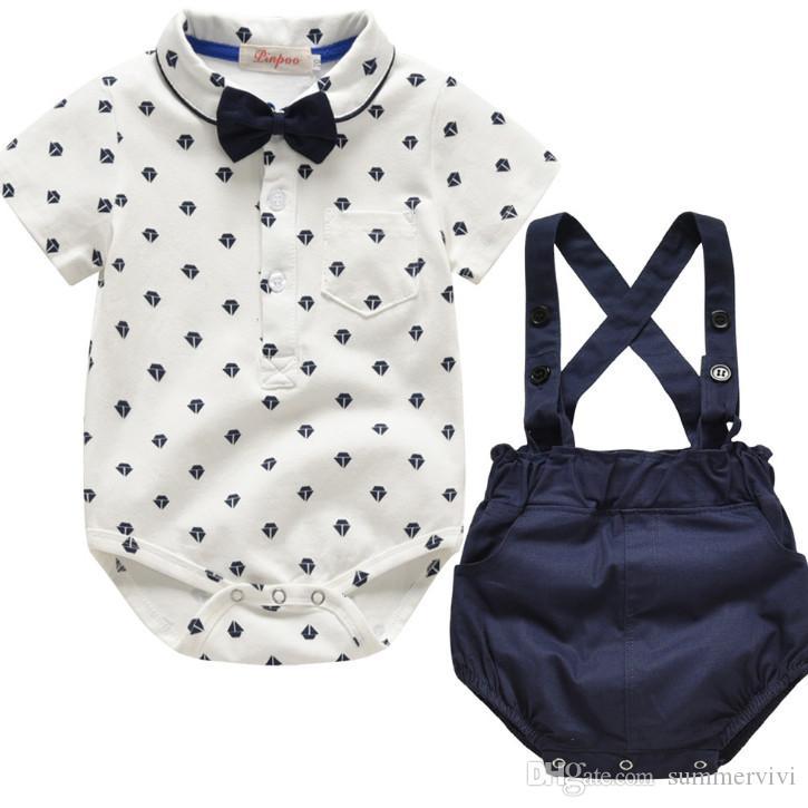 Bebek erkek geometrik desen yaka kısa kollu tulumlar + askı şort + Yaylar kravat 3 adet setleri 2019 yaz çocuklar rahat kıyafetler F3984