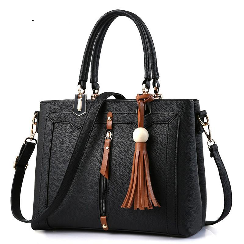 Luxury Handbags Women Bags Designer Famous Brand Tassel Leather Luxe Crossbody Bags Simple Compartment Black Fashion Tote Bag Ladies Handbag