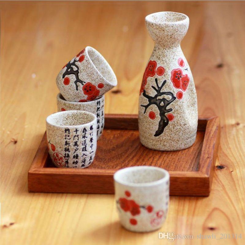 Kişilik Japon tarzı Sake Yaratıcı Seramik Şarap Seti Ev Yalıtım Şarap Cam Seramik Bir Demlik 4 Gözlük Sake Beyaz Şarap Pot Set