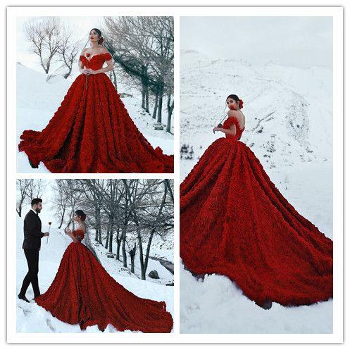 Kırmızı Dantel Kapalı Omuz Vintage Gotik Artı Boyutu Milla Nova Berta Gelinlik Hochzeitskleider vestido de casamento Düğün Gelin törenlerinde