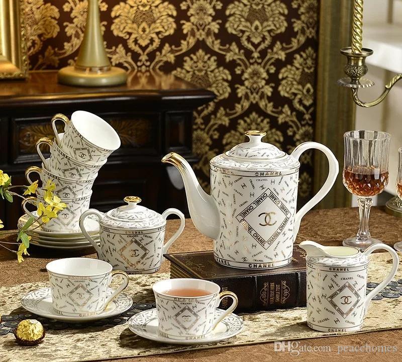 vajilla de porcelana de hueso de porcelana de cerámica conjunto contorno vajilla 61pcs de oro vajilla conjunto conjuntos cena regalos Casa DW619