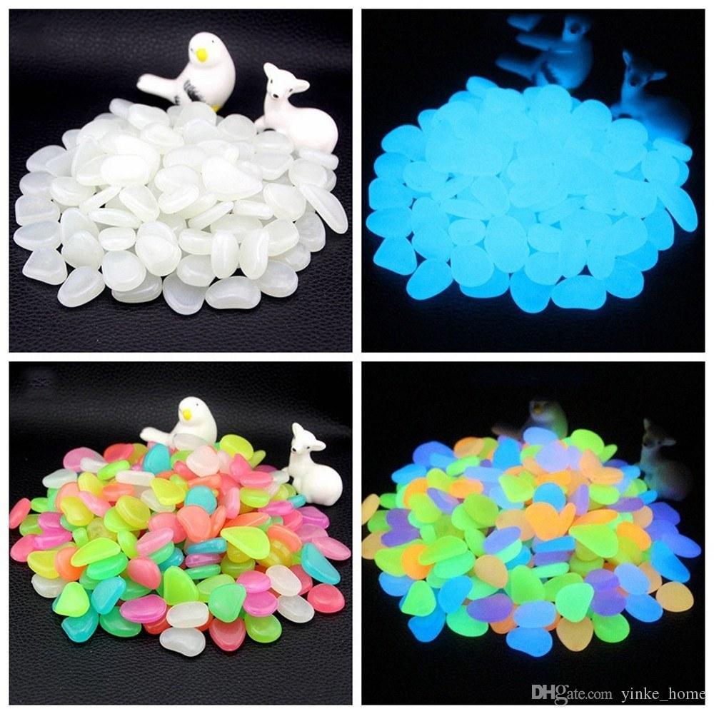 50 stücke im Dunkeln leuchten Steine Leuchtende Kieselsteine Stein für Gartenpflanzen Ornamente Gehwege Aquarium Party Decor