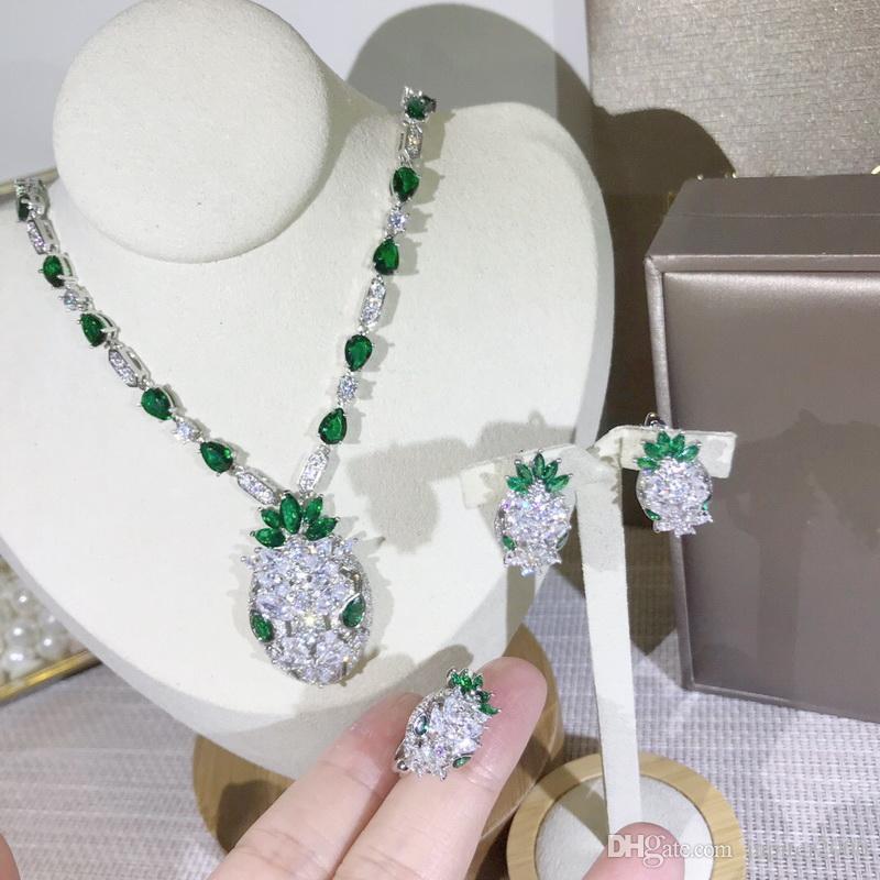 فاخر سيدة براس كامل الماس الزركون الأخضر عيون الأميرة الأفعى رئيس الثعبان 18K مطلية بالذهب القلائد المختنقون أقراط خواتم مجموعات مجوهرات