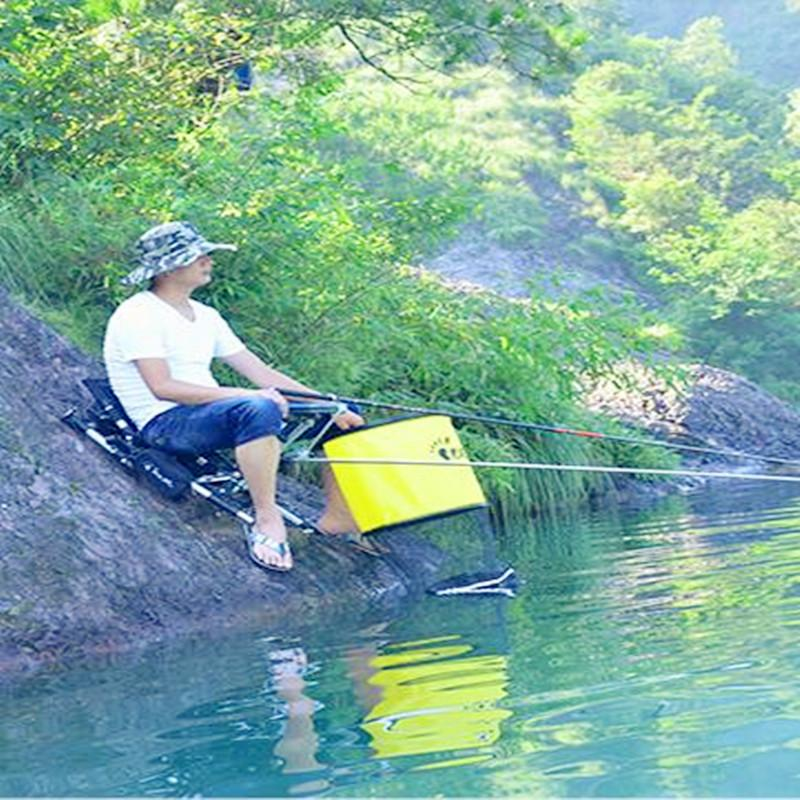 2020 new folding fishing chair portable fishing box light multi-purpose backpack beach chairs with Retractable feet