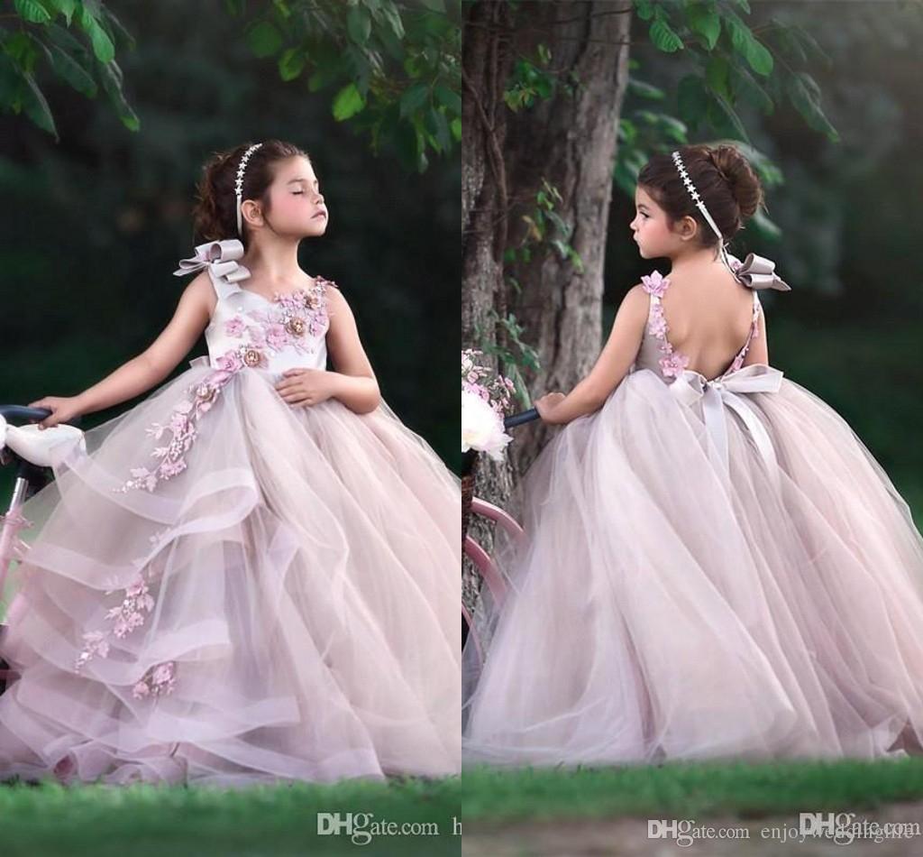 Маленький детский цветок девочек платья драгоценности шеи драгоценности открыть обратно линия тюль длинные дети формальный износ с кружевной аппликациями рождения платья bc2277
