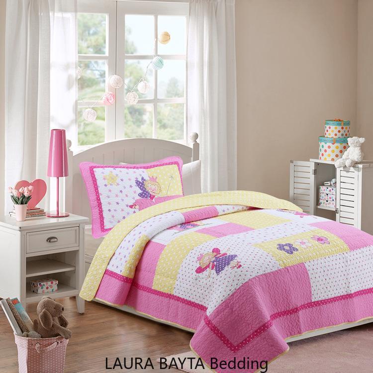 Cute Baby rosa ricamato copriletto di cotone ragazze di balletto Casa Letto 2pcs Set Europa trapuntato Quilt letto singolo bedcover lenzuola federa