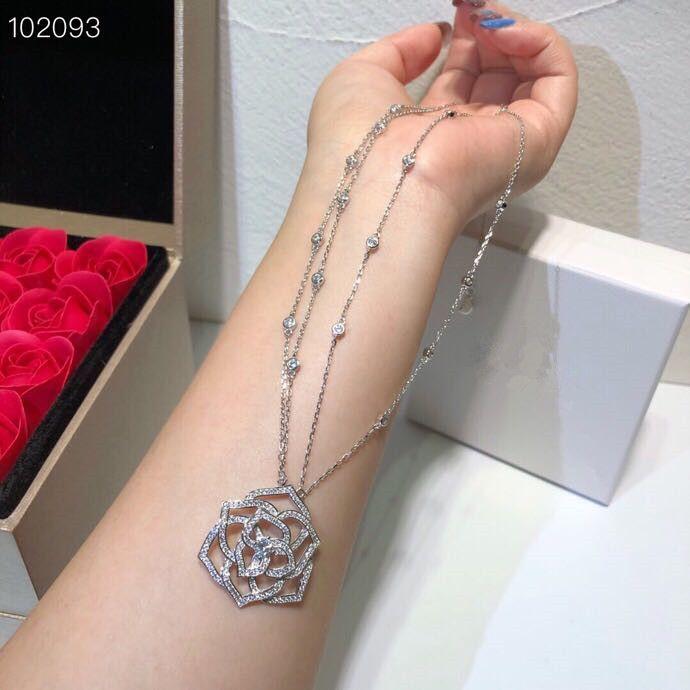 Lujo clásico Deisgner S925 plata esterlina cristal lleno hueco flor rosa encanto collar de doble capa para mujer joyería