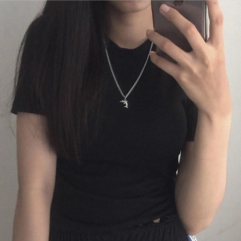 Geometrische Halskette Tierhalsketten Dolphins Frauen Kette Damen-Anhänger Mädchen Schmuck Silber Farbe Trendy koreanische Legierung Halskette