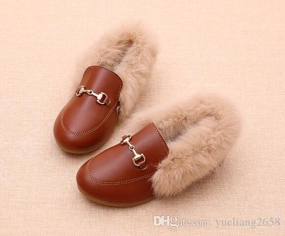 ربيع الخريف مصمم الأحذية أحذية الأطفال والأحذية الفاخرة الخريف الأرنب الحقيقي الفراء الحصان بت الأطفال مشبك فتاة شقة الأحذية