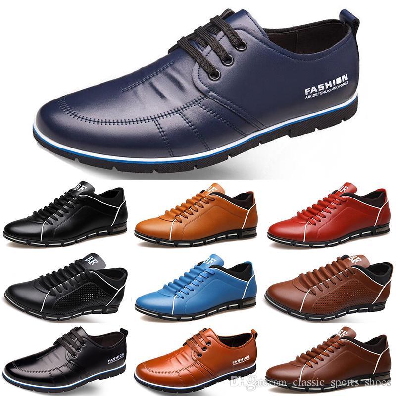 2020 Горячие Продажа Дизайнерские мужчины кожаные ботинки черный темно-синий коричневый бизнес моды плоские партии мужские тренеры тапки Color10
