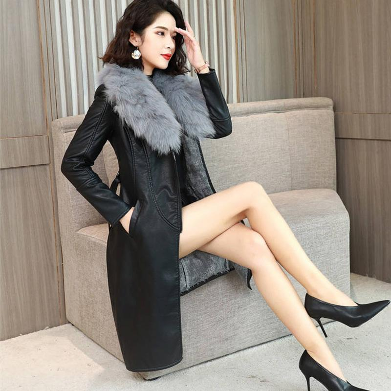 ALABIFU PU-Leder-Pelz-Frauen-langer Mantel 2019 beiläufig plus Größe T200104 4XL dünnen Mantel-Schwarz-Pelz-Kragen-Jacken-Mantel-casaco