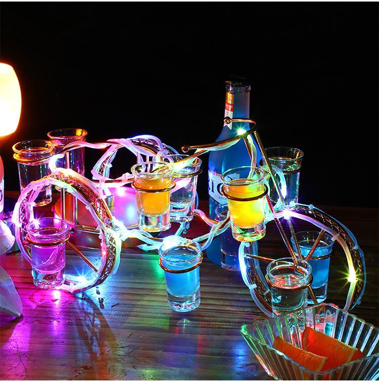 Европейский стиль велосипед винный шкаф установлен перезаряжаемый светодиодный Luminous пиво держатель бутылки вина Светящиеся шампанского Коктейль стойку