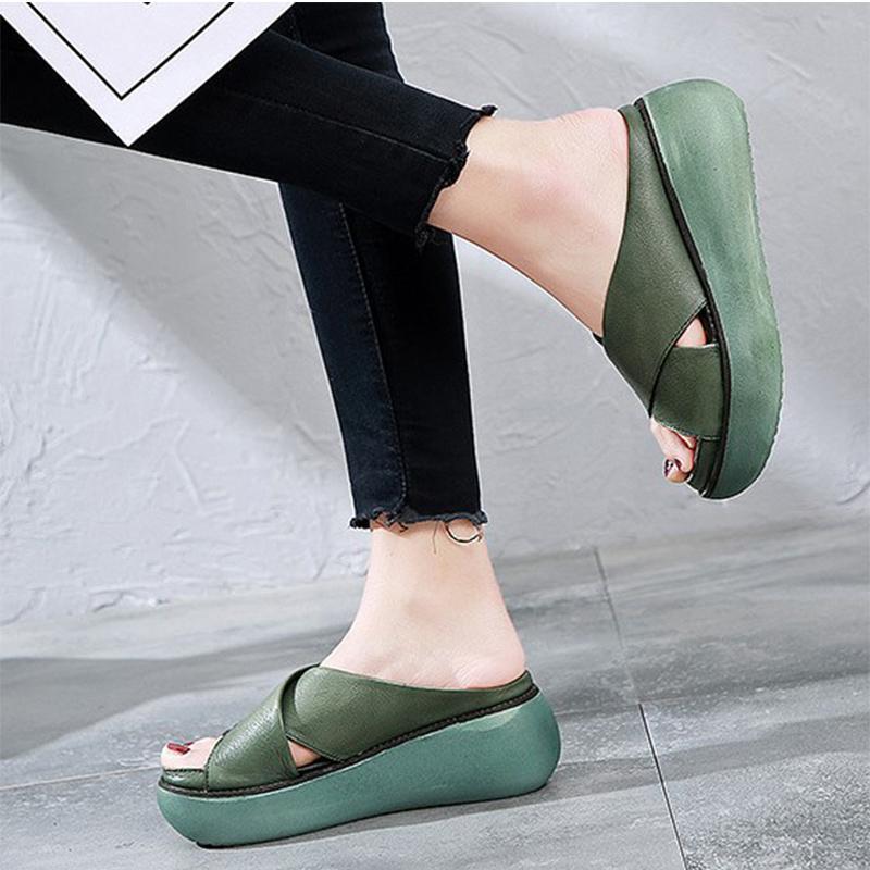 Donne Estate 2020 Donna Pantofole Ladies Beach in pelle cunei dell'unità di elaborazione delle donne pattini di cucito Fashion Casual donna Scarpe taglie forti