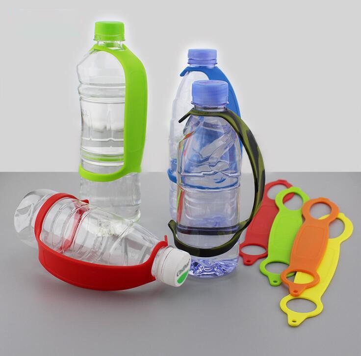 سيليكون زجاجة مقبض حامل اليد المحمولة في الهواء الطلق التخييم زجاجة ماء مقبض الأكمام كليب على حامل زجاجة 100 قطع OOA6831