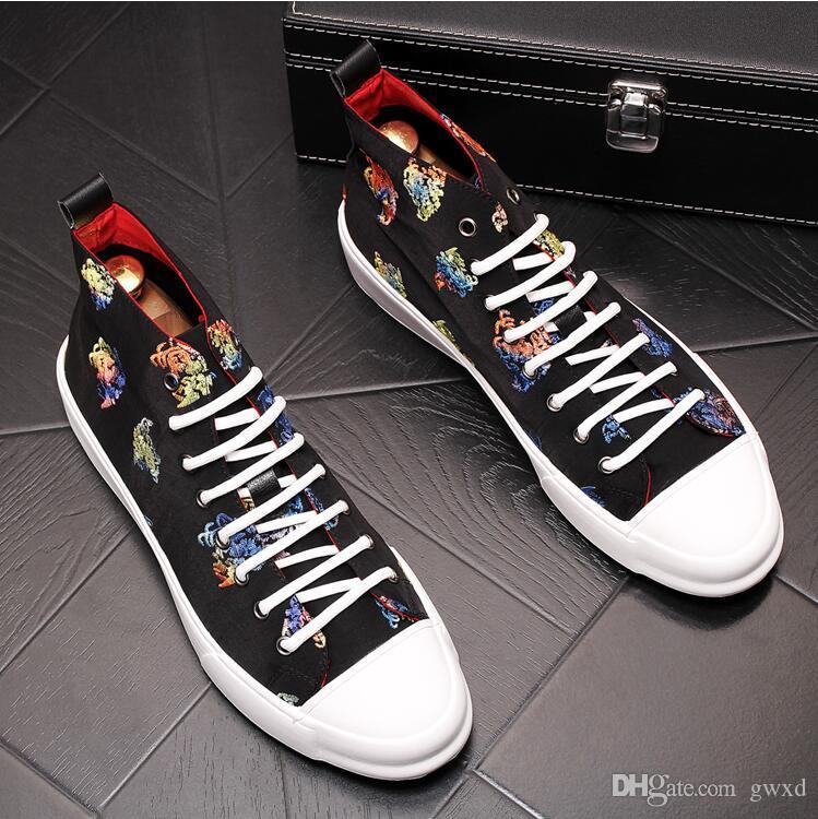 Мужская мода вышивка мокасины мужская повседневная открытый вождения мокасины обувь модные свадебные пром квартиры W269