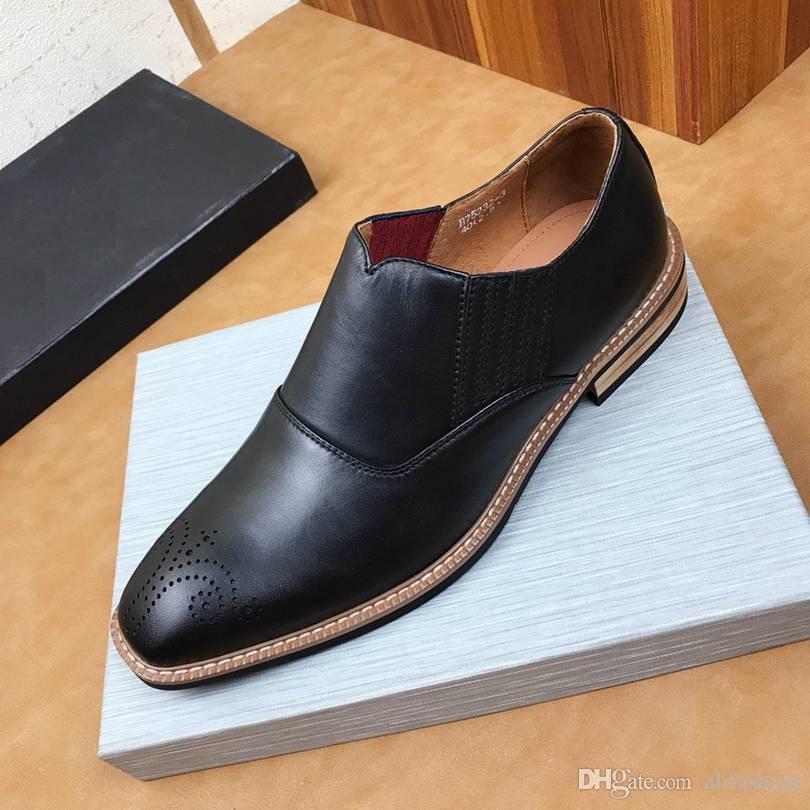 Brand Design Мужчина кожа коровы свадебного платья обуви мокасины Мода формального костюм бизнес обувь Vintage Блок Carving Horsebit бездельники, 38-44