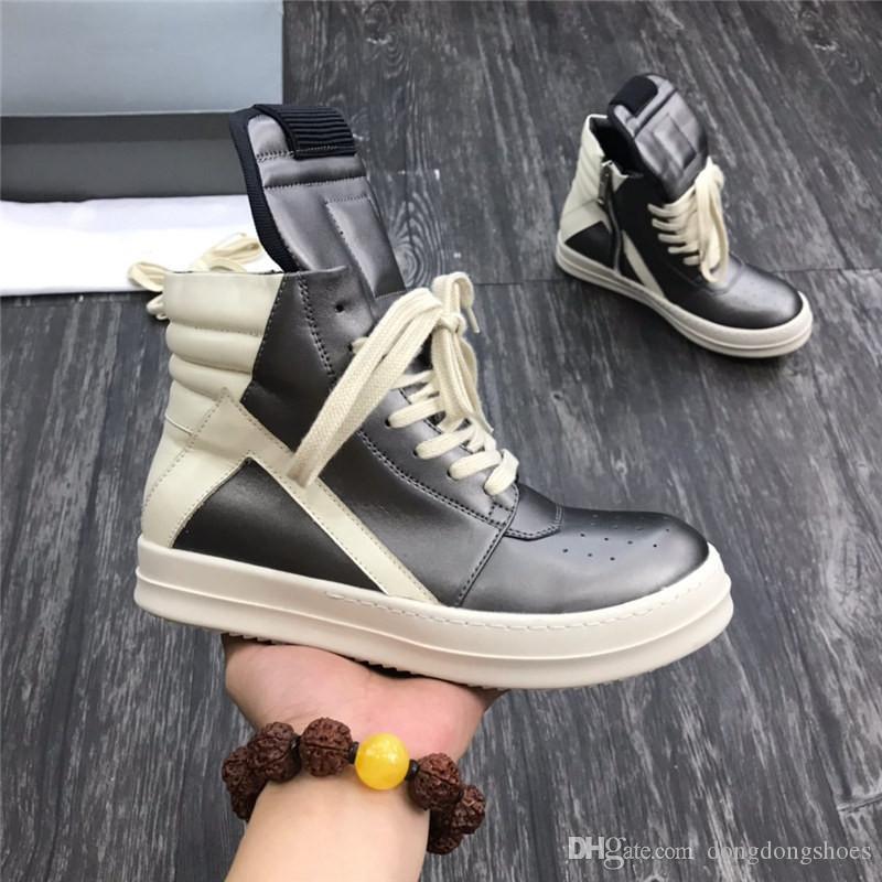 كلاسيكي جلد طبيعي الكاحل أحذية الرجال الانزلاق على أسود أبيض فضي مسطح رجل المرأة مصمم مقلوب مثلث أحذية المشي في الهواء الطلق لا مربع