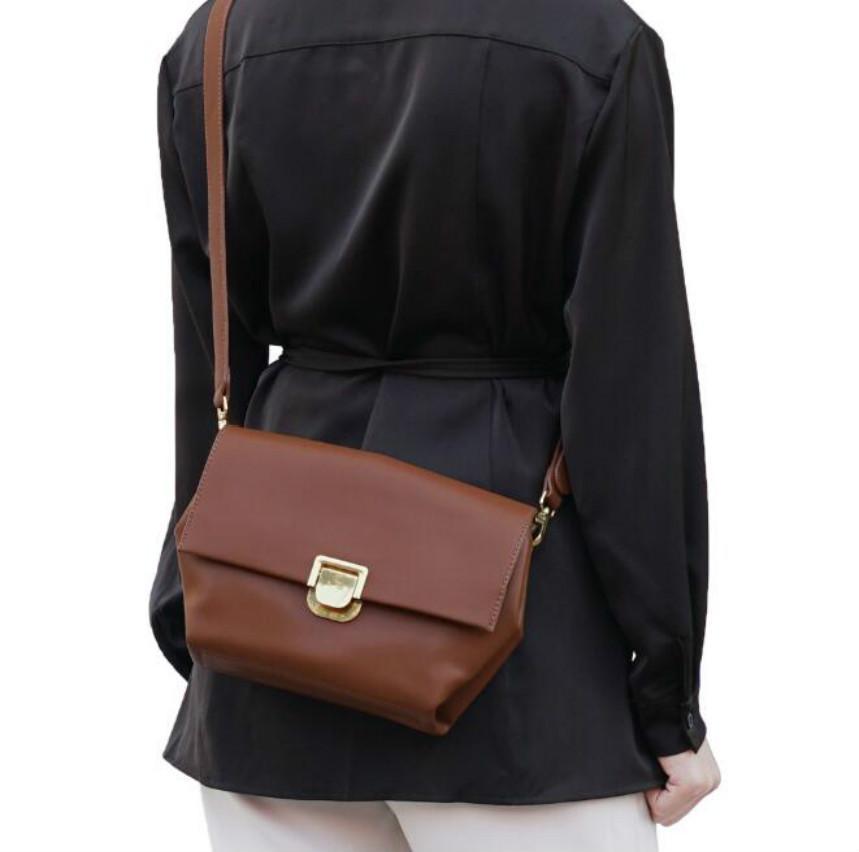 Designer Donne anziane borse di lusso Lady Temperamento borsa a spalla di nuovo stile trapezoidale Crossbody Bag impiegato // 8