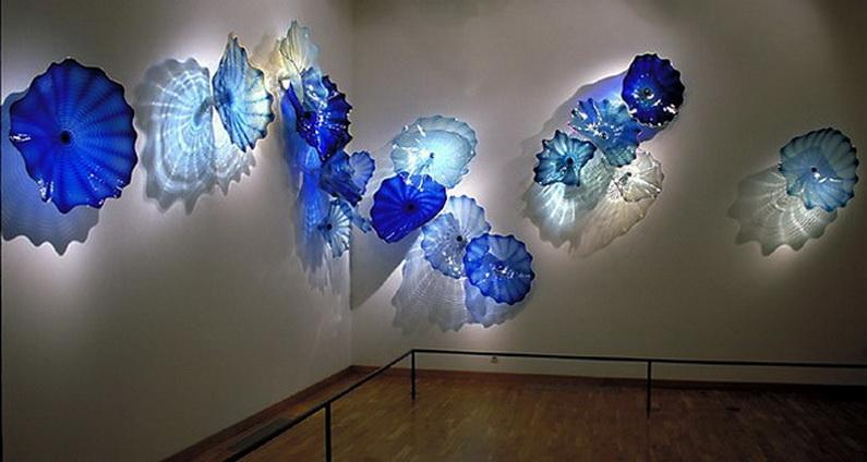 2020 Hot Sale Wall Decoration Flower Art Plates Sea Style Crystal Blue Color Chihuly Art Blue Wall Blue Light