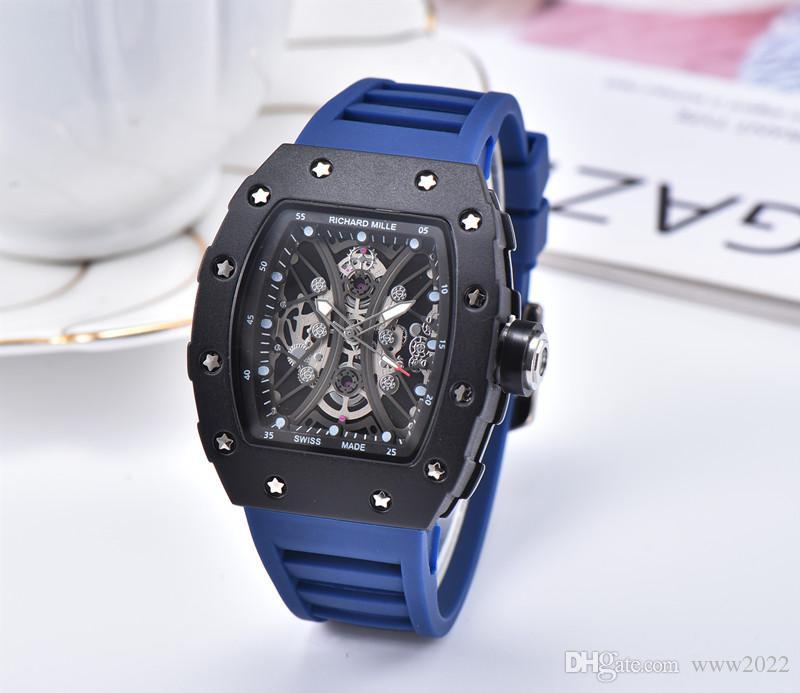 Heißen Verkaufs-Männer Uhr Luxusuhr Schwarz Farbige Silikon-Bügel-Modedesigner-Uhr-Sport-Quarz-Analog-Uhr Relogio Masculino DZ