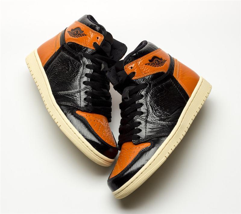 2020 Release 1 OG alta Shattered Tabellone 3.0 di pallacanestro del Mens Scarpe Nero pallido Vanilla Starfish 555.088-028 Athletic Sneakers 16