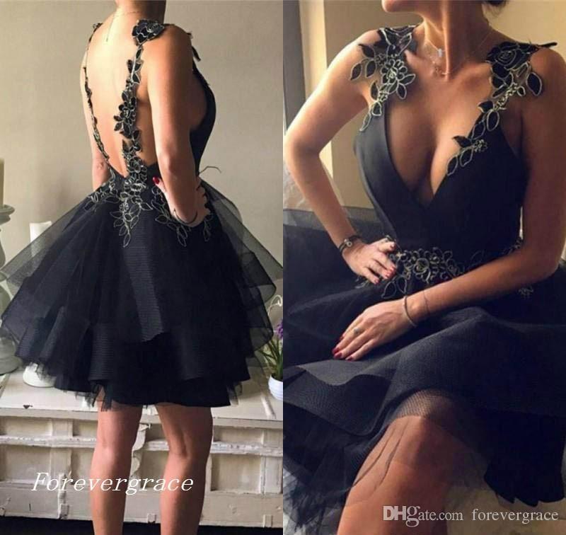 2019 Economici Little Black Tulle Gonne Homecoming Dress Una Linea Corto Junior 15 Graduation Cocktail Party Dress Plus Size Custom Made