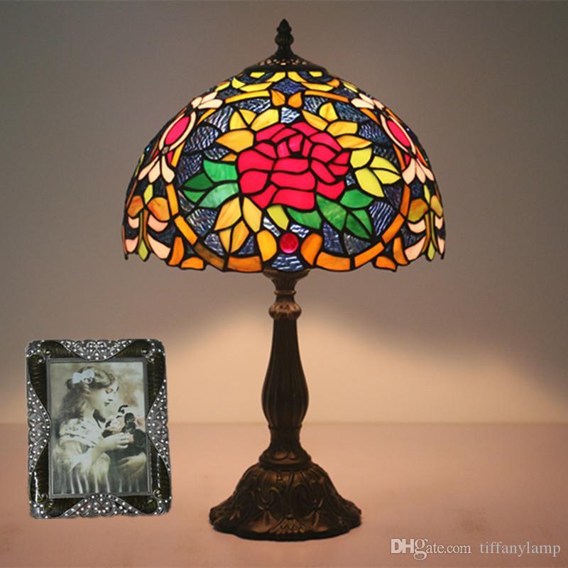 웨딩 룸 바 카페 12 인치 수제 스테인드 글라스 꽃 데스크 램프 수지 침대 옆 등 유럽의 럭셔리 패션 레트로 테이블 램프