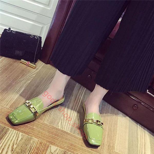 2017 봄 새로운 여성 슬리퍼 패션 스퀘어 발가락 여성 플랫 특허 가죽 슬라이드 신발 여성 얕은 플랫